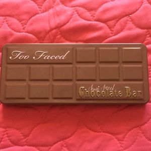 Too faced semi sweet chocolate palette💖
